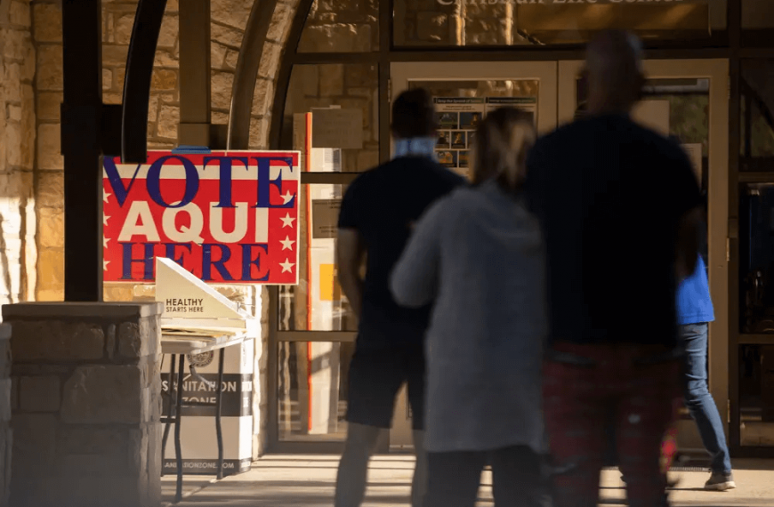 Texas hits record high for early voting turnout